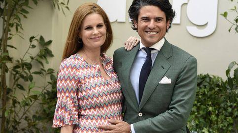 Olivia de Borbón y Julián Porras, padres de su primera hija, Flavia Masephi