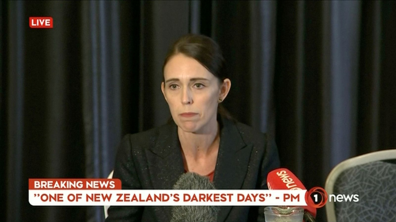 Foto: Video grab of new zealand's prime minister jacinda ardern speaking on live television following fatal shootings at two mosques in central christchurch
