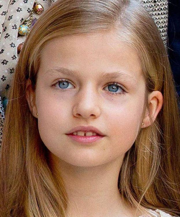 d448b5237008 Reina Letizia  Los pendientes que comparten la Reina Letizia y la ...
