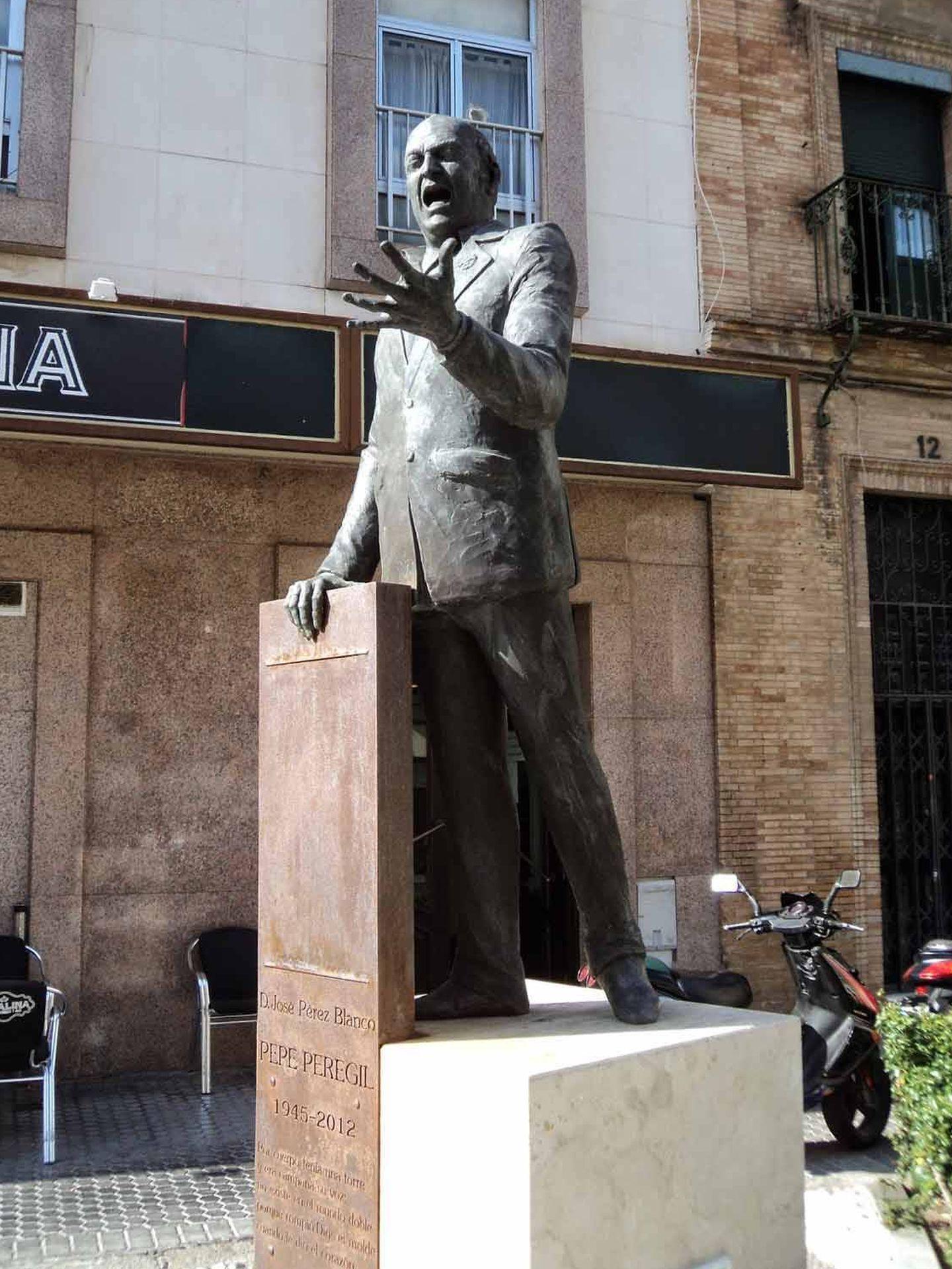Monumento al cantaor Pepe Perejil, de José Antonio Navarro Arteaga. (navarroarteaga.com)