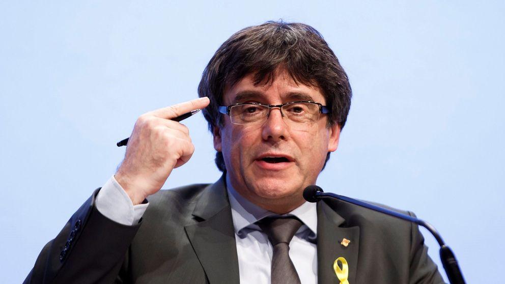Puigdemont medita elecciones porque un sondeo interno le da 40 diputados