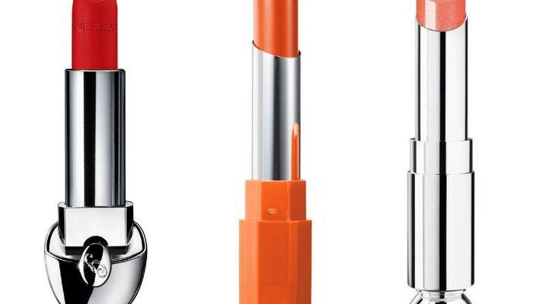 Labiales de tonalidad anaranjada para las pieles cálidas.