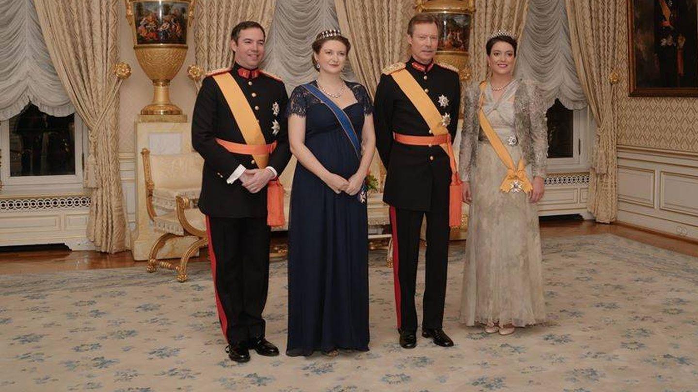 El gran duque con los herederos y Alexandra. (Cour Grand-Ducale)