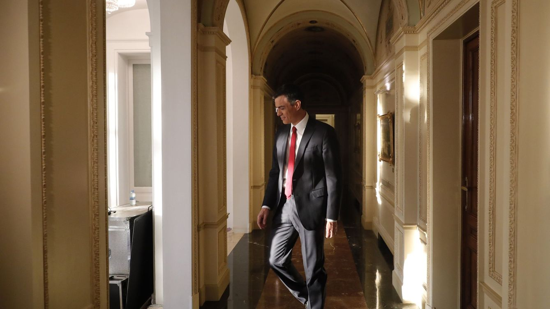 Sánchez promete abrir el debate de la tasa a la banca y aprobar la eutanasia para 2020