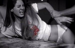 Lana del Rey, violada frente a Marilyn Manson