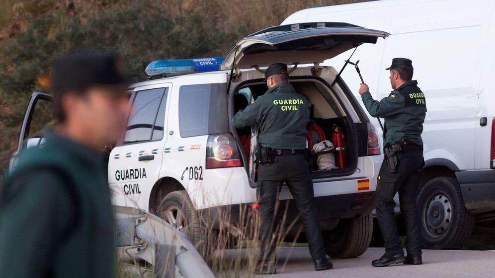 Foto: La Guardia Civil continúa con el reescate de Julen en Totalán, Málaga. (Efe)