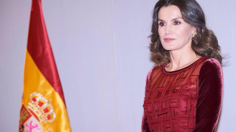 Letizia se despidió de Marruecos con un vestido al alcance de muy pocos: 7.700 euros