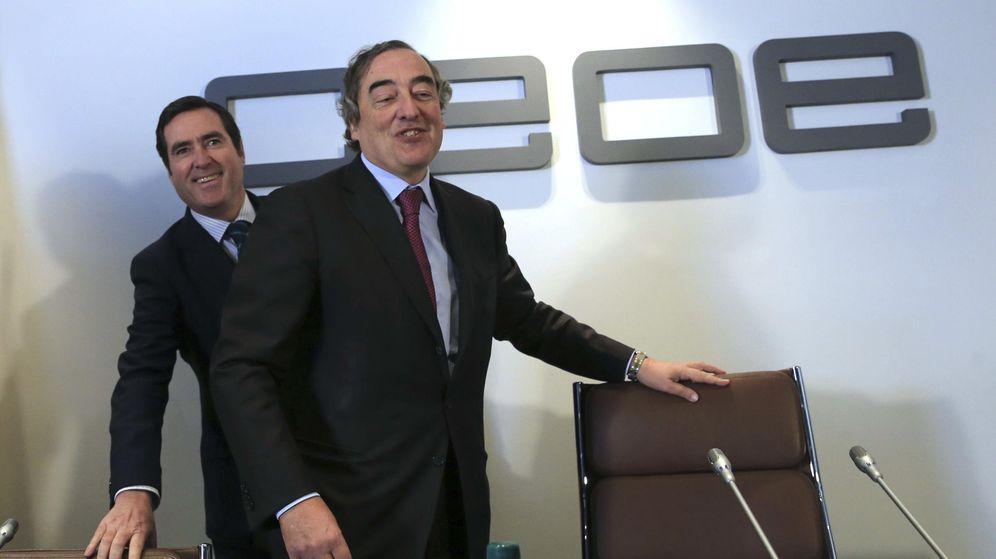 Foto: El presidente de la CEOE, Juan Rosell (d), y el presidente de CEPYME, Antonio Garamendi (i). (EFE)