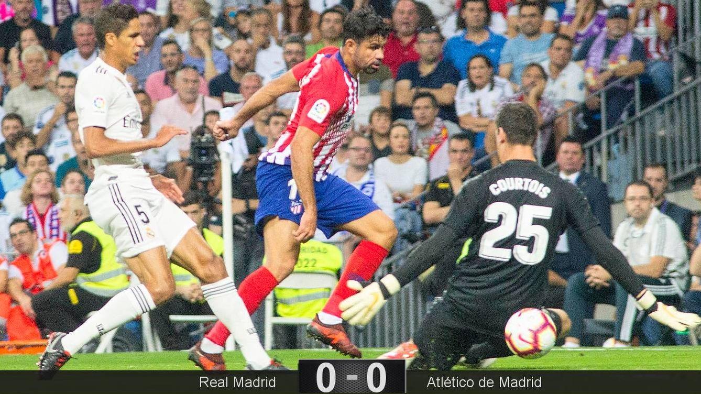 Foto: Courtois evitó el gol del Atlético en la primera parte con dos grandes paradas. (Miguel J. Berrocal)