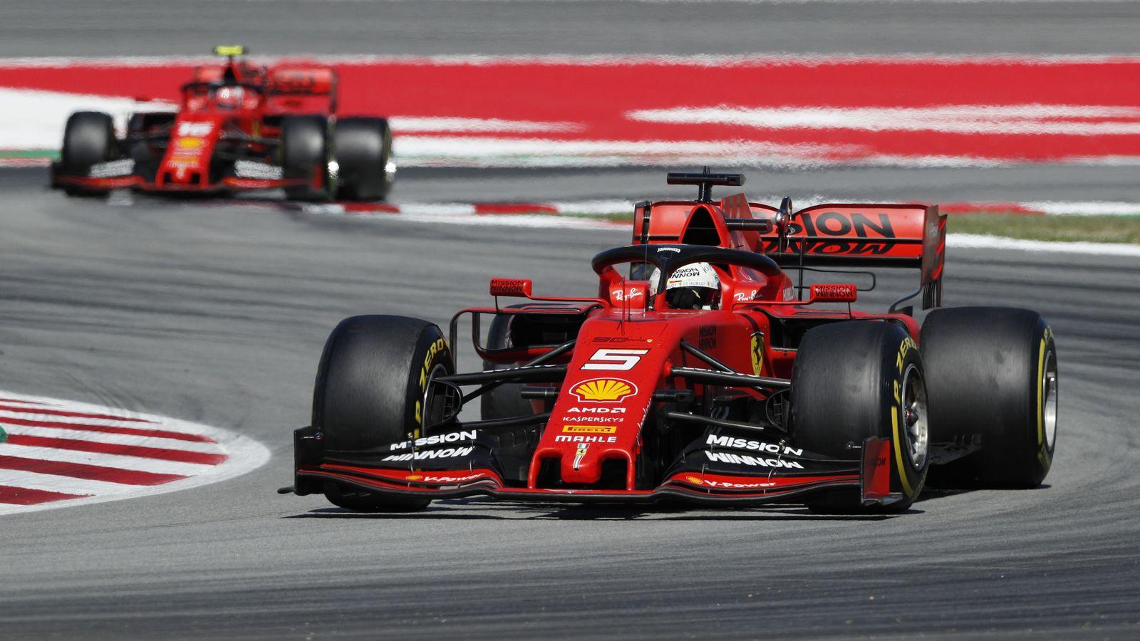 Foto: Sebastian Vettel (en primer plano) Charles Leclerc durante el Gran Premio de España de Fórmula 1. (Reuters)