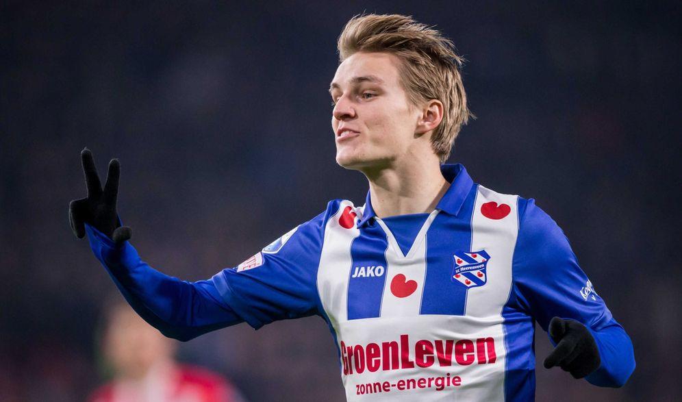 Foto: En la imagen, Odegaard durante un partido con el Heerenveen (EFE)