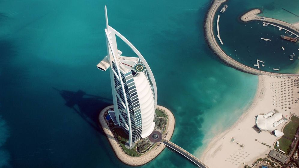 Foto:  Hotel Burj Al Arab en Dubái.