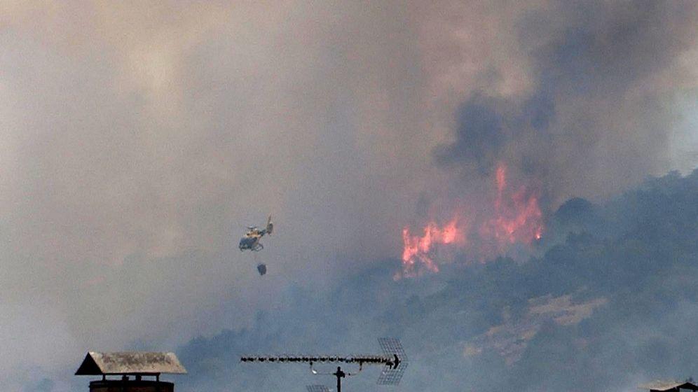 Foto: Incendio declarado en el municipio de Almorox en Toledo, este fin de semana. (Efe)