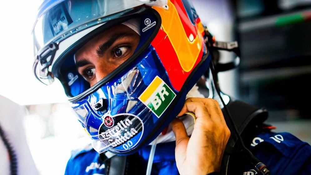 Foto: Carlos Sainz, en la primera jornada del Gran Premio de Australia. (McLaren)