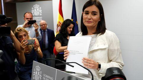 Dimite Carmen Montón, la ministra de Sanidad, por el escándalo del máster