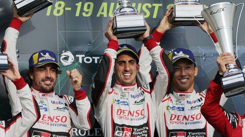 Buemi se pone la capa de héroe y da la victoria al Toyota de Alonso en Silverstone