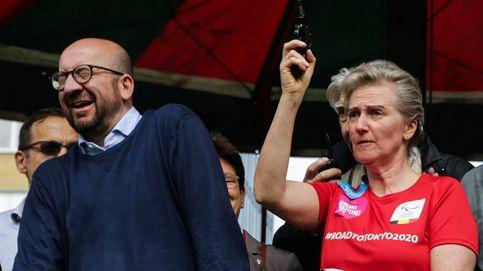 La princesa Astrid la lía con una pistola y deja sordo al primer ministro belga