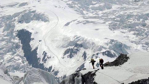 Desaparecen siete excursionistas tras una avalancha cerca del Monte Annapurna