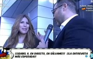 Jorge Javier Vázquez 'asalta' a Chabelita por los pasillos de Tele5