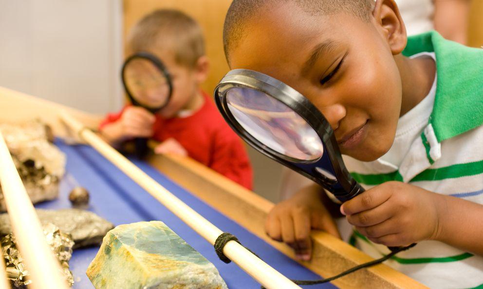 Cinco experimentos caseros que harán que tus hijos se aficionen a la ciencia