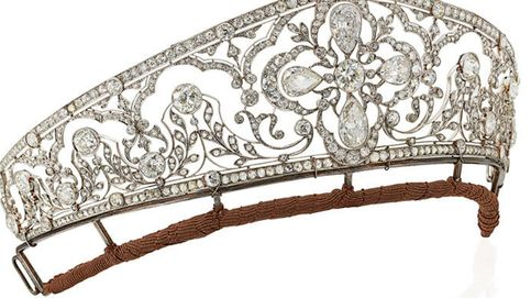 Así ha llegado una tiara de los Borbón a ser subastada en Christie's