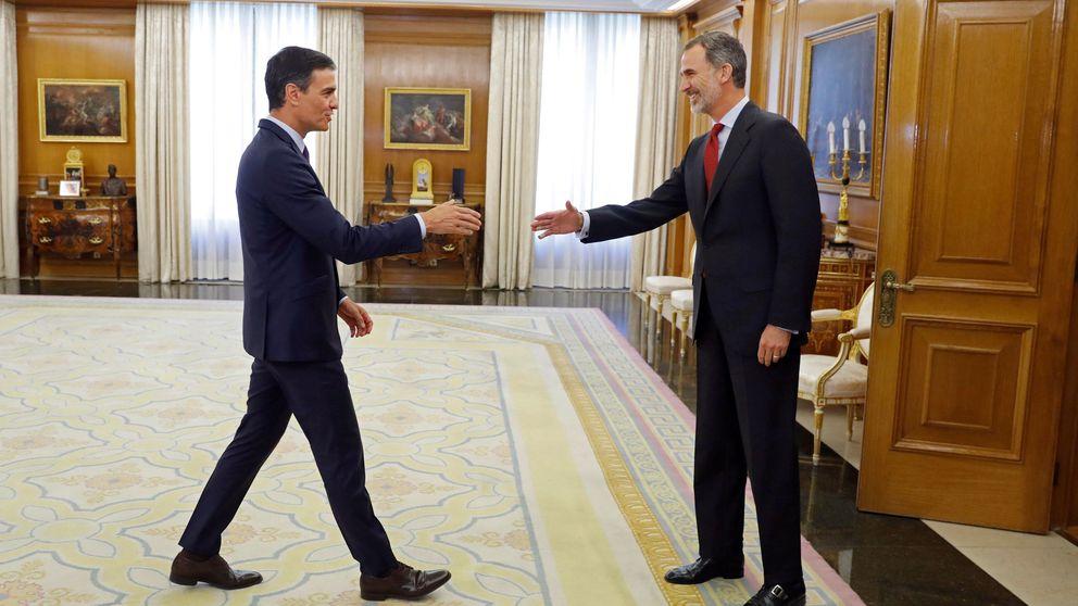 Sánchez acepta el encargo del Rey y exige a PP, Cs y Podemos que le dejen gobernar