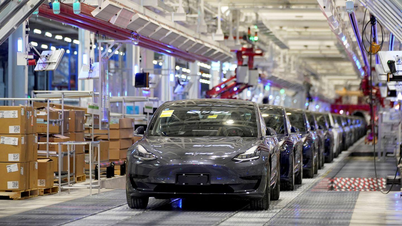 Coches de Tesla Model 3 en la fábrica de la compañía en Shangai (Reuters)