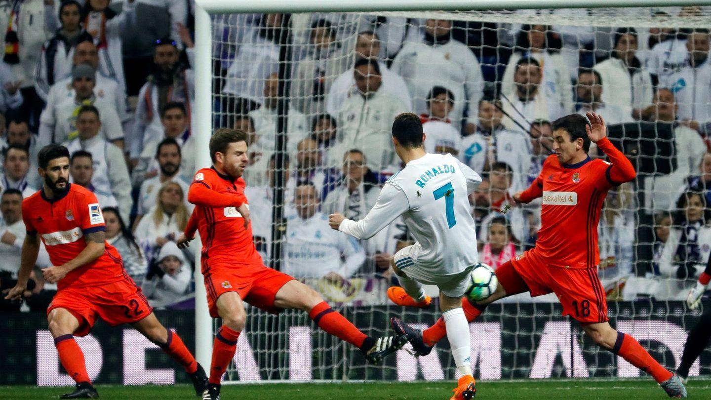 Cristiano, durante el partido del Real Madrid contra la Real. (EFE)