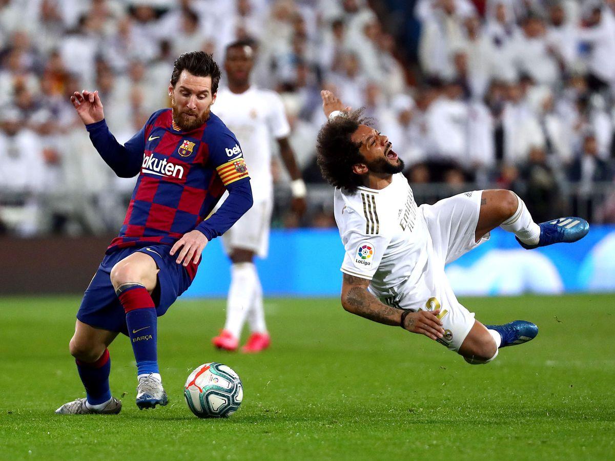 Foto: Messi y Marcelo en el reciente Clásico de hace dos semanas. (Reuters)