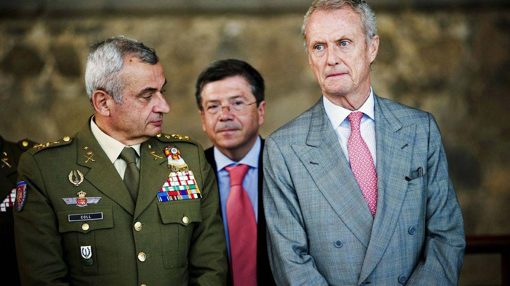Foto: El exministro de Defensa Pedro Morenés y el general Fulgencio Coll. (EFE)