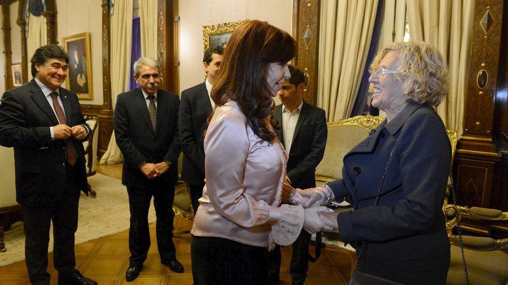 Foto:  Cristina Fernandez Kirchner recibe a la alcaldesa de Madrid, Manuela Carmena. (Reuters)