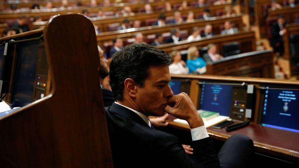 Sánchez recupera el diálogo con Podemos y C's para librarse de la culpa de ir a elecciones