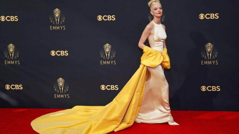 Deportivas, looks de Marta Ortega... Los secretos de la alfombra roja de los Emmy