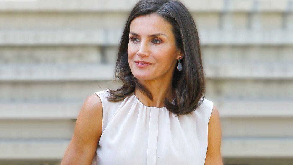 Este es el look con el que la reina Letizia cierra el curso antes de irse a Mallorca