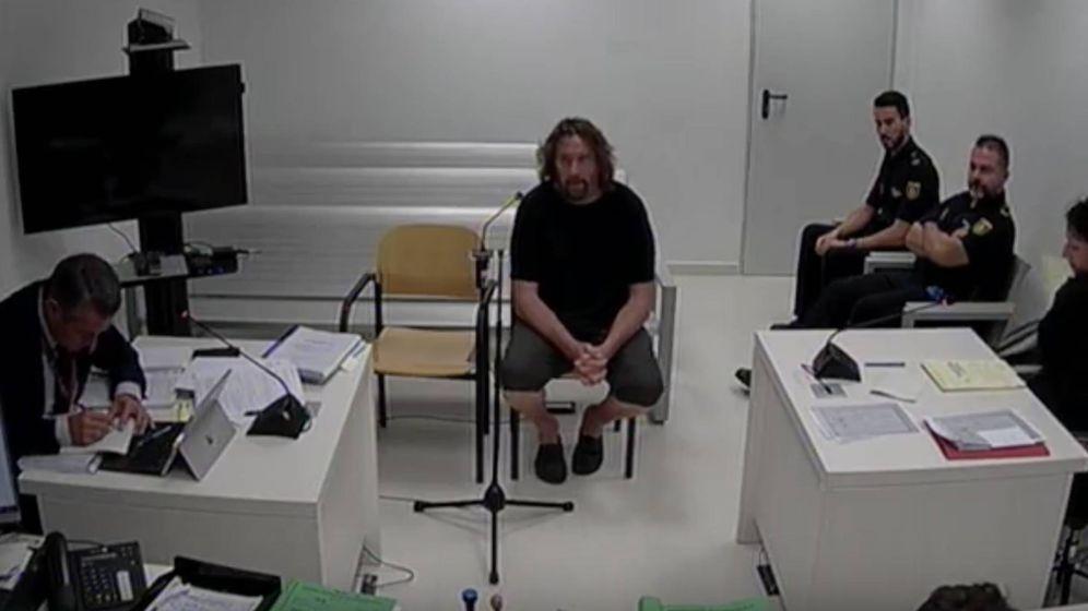 Foto: Xavier Buch, uno de los CDR acusados de terrorismo, en su declaración ante la Audiencia Nacional. (EC)