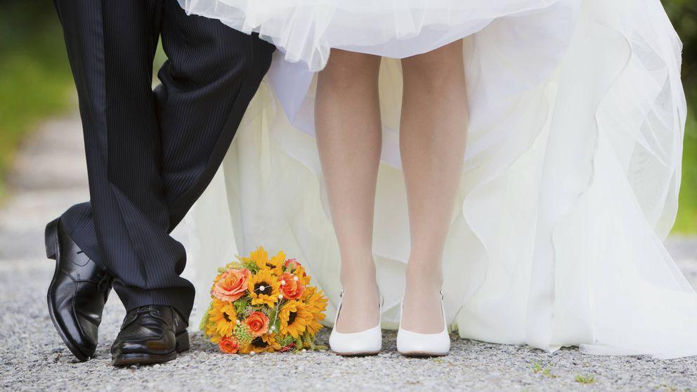 Se casa con un millonario sin saber que es su abuelo. Ha seguido adelante