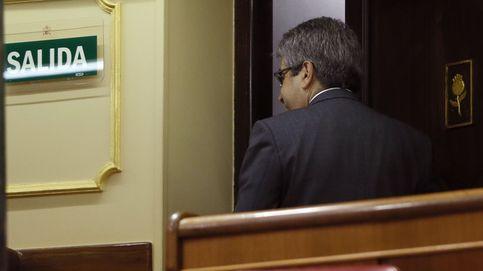Homs se va del Congreso condenado y feliz como mártir del pueblo catalán