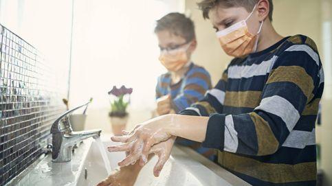 ¿Hay que lavarse las manos antes de ir al baño?