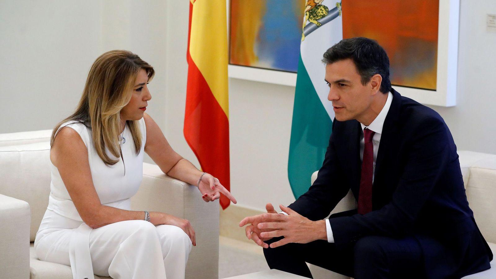 Foto: El presidente del Gobierno, Pedro Sánchez, y la presidenta de la Junta de Andalucía, Susana Díaz. (EFE)
