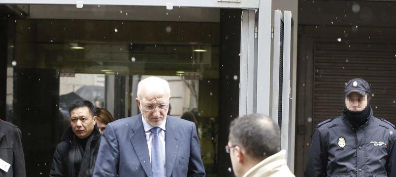Foto: El presidente de Mercadona, Juan José Roig, a su salida de la Audiencia (Efe)