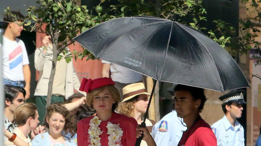 Foto: Emma Corrin, caracterizada como Diana en Málaga. (Cordon Press)