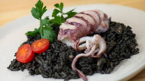 Pulpo con risotto de berberechos y espárragos verdes