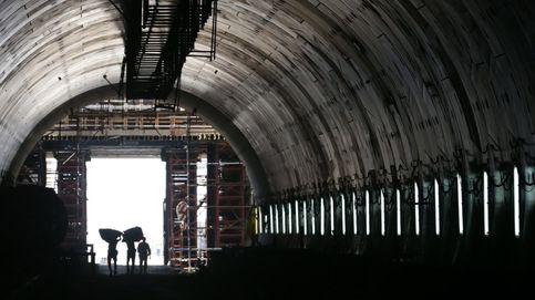 Un túnel bajo el canal de Suez y 21 años de la muerte de la Madre Teresa: el día en fotos