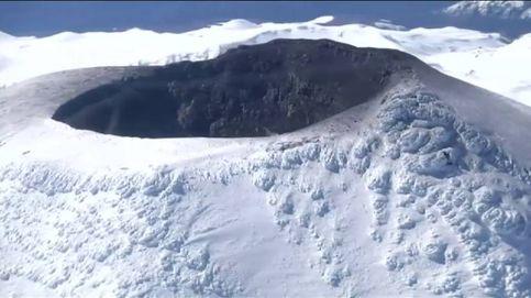 El volcán Villarica mantiene en alerta a la población chilena
