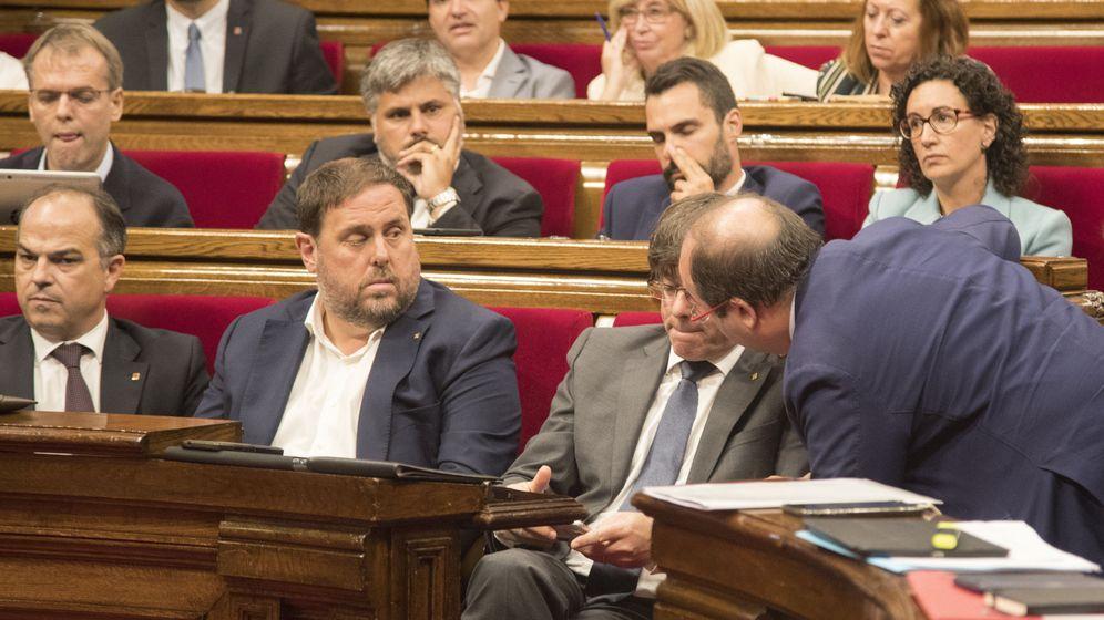 Foto: Jordi Turull, Oriol Junqueras, Carles Puigdemont y Miquel Iceta, en 2017. (EFE)
