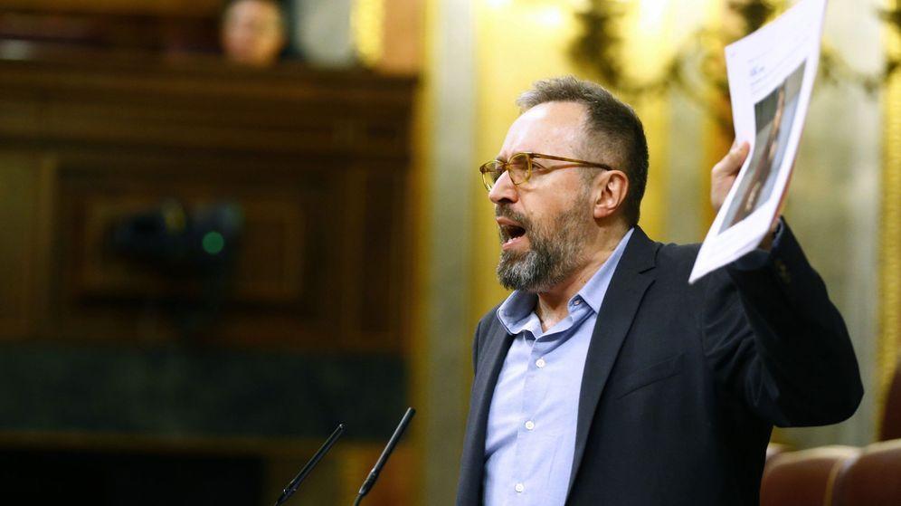 Foto: El portavoz de Ciudadanos en el Congreso, Juan Carlos Girauta, durante su intervención en el pleno del Congreso (EFE)