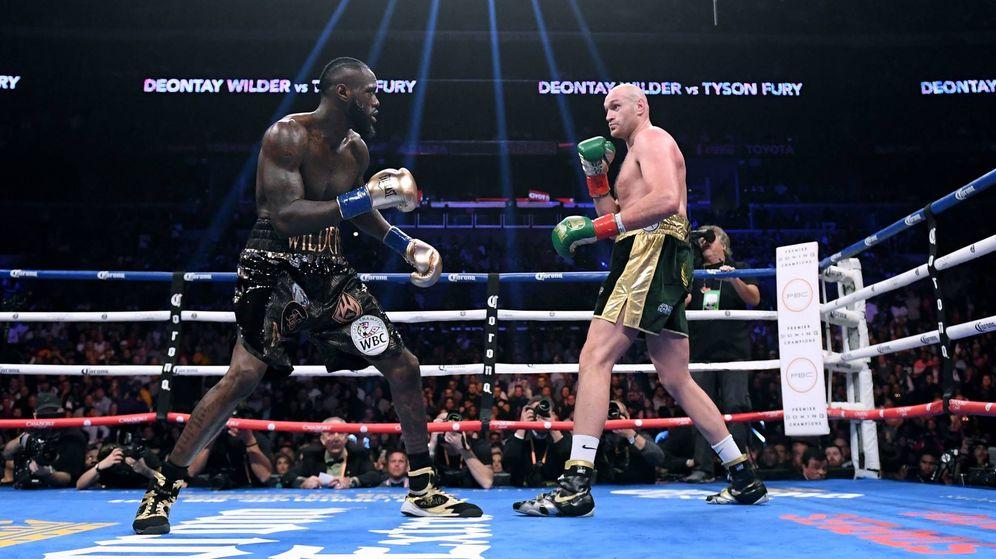 Foto: Deontay Wilder vs Tyson Fury. (DAZN)