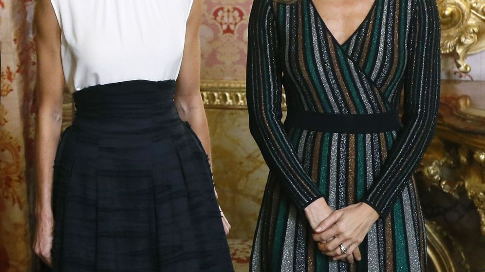 Foto: Letizia y Begoña, en el Palacio Real. (EFE)