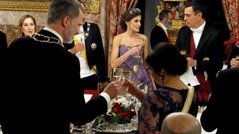 Con la mitad de invitados y sin tiaras: así será hoy la primera cena de Estado poscovid