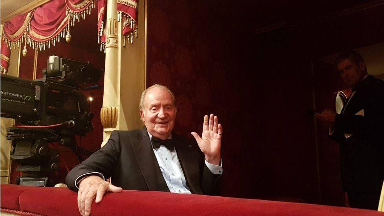 Un nuevo viaje privado del Rey Juan Carlos le lleva a la ópera a ver 'Madama Butterfly'